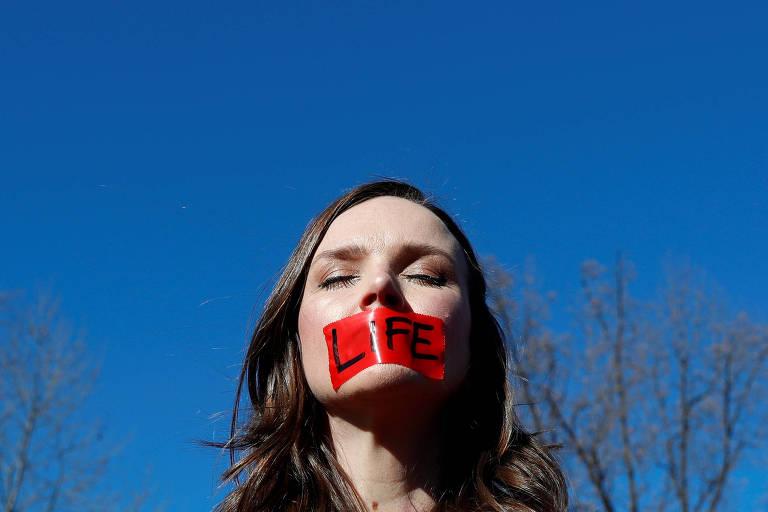 Louisiana espelha tentativas de estados conservadores de cercear o aborto