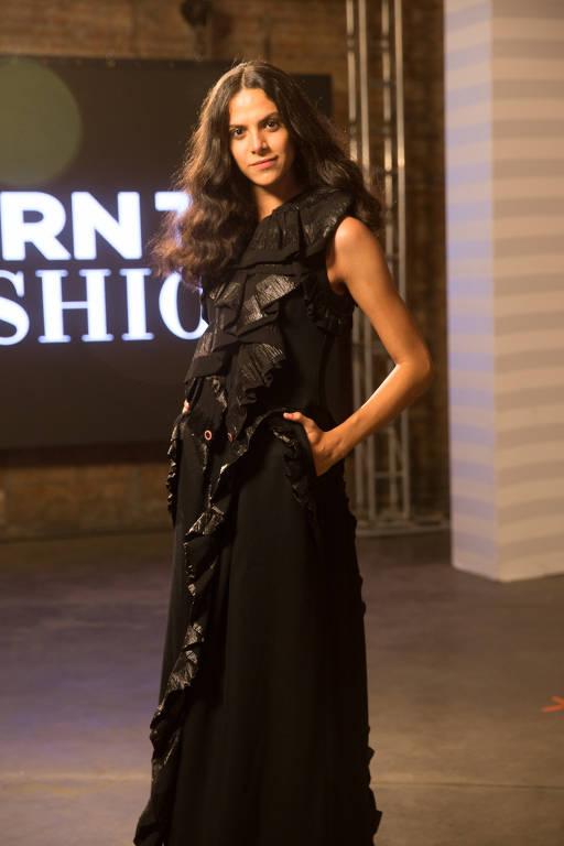 Imagens da modelo Cecília Gama