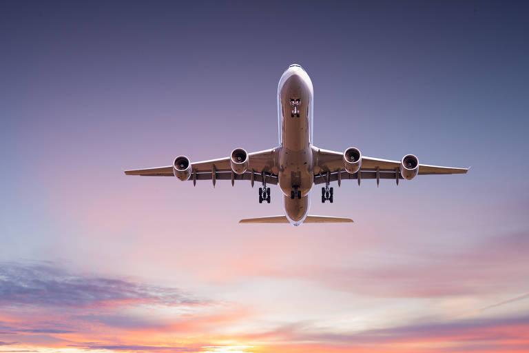 O que fazer antes de viajar de avião