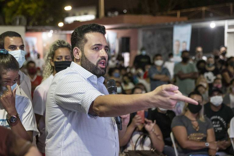 O prefeito Ney Santos, do Republicanos, em evento no último dia 6 no qual a reportagem da Folha foi intimidada
