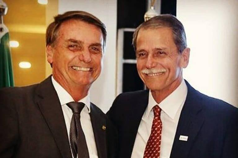 General Paulo Chagas ao lado de Jair Bolsonaro