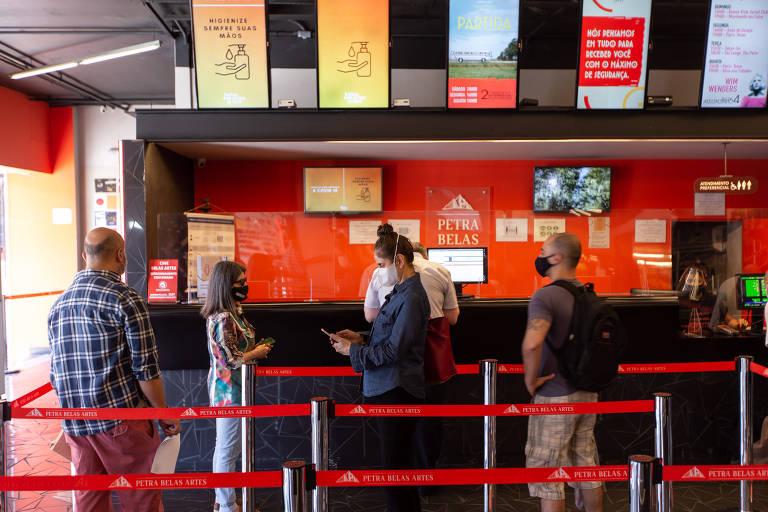 Cinemas voltam a funcionar em São Paulo