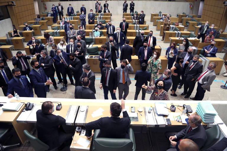 Deputados discutem projeto de ajuste fiscal do governo Doria