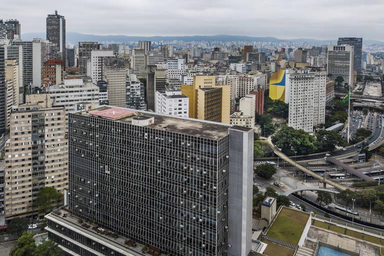 Ensaio fotográfico mostra interior da Câmara Municipal de São Paulo, no centro da capital