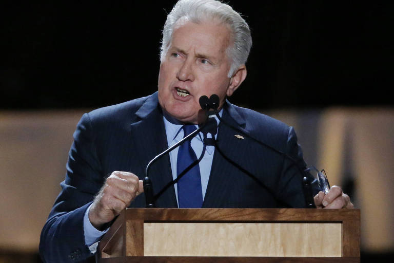 "Ator Martin Sheen, que interpretou o presidente de tendência progressista Jed Bartlet no seriado ""The West Wing"""