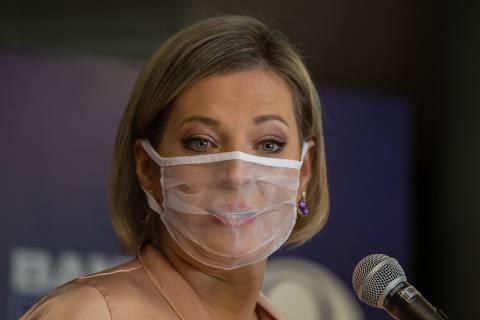 Nem eu nem o PSL sairemos menores da eleição, diz Joice em sabatina Folha/UOL