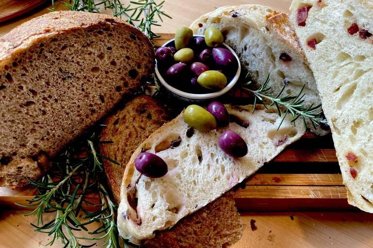 Pão de azeitonas da padaria Do Forno da Lu
