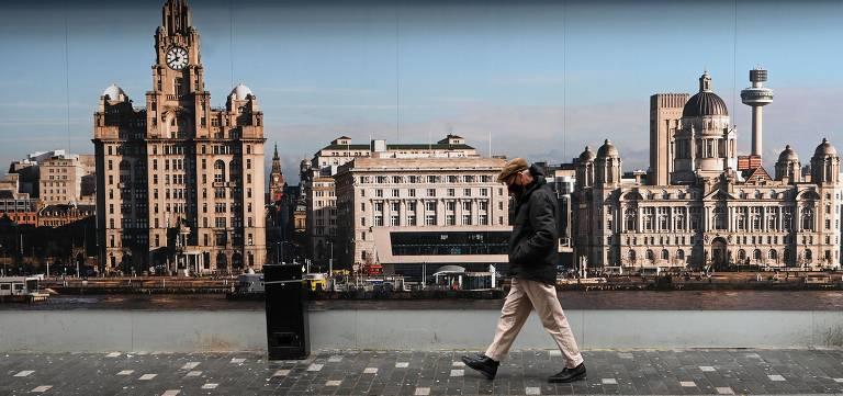 Britânicos nas ruas em tempo de coronavírus