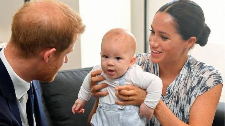 Harry, Archie e Meghan agora vivem nos Estados Unidos