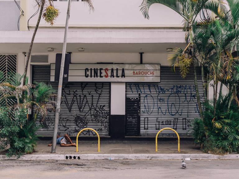 Fachada da Cinesala, em Pinheiros