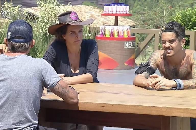 Biel conversa sobre Mariano com Luiza Ambiel e Juliano