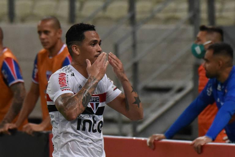 Luciano anotou um dos gols são-paulinos no empate em 3 a 3 com o Fortaleza