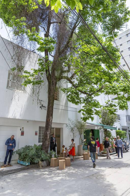 Sé Galeria ocupa casa de Flávio de Carvalho nos Jardins