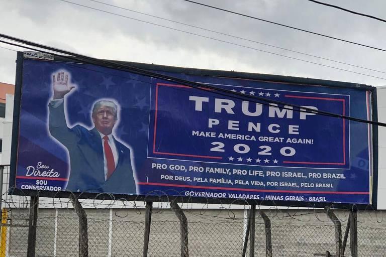 Outdoor faz campanha para Donald Trump na cidade de Governador Valadares, em Minas Gerais