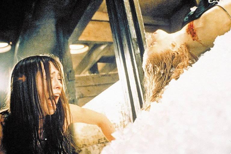 """A atriz Jennifer Love Hewitt em cena do filme """"Eu Sei o Que Vocês Fizeram no Verão Passado"""""""