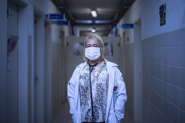 Dia do Médico. A médica Rita de Cássia Guimarães, 60 anos de idade e 35 anos de medicina, contraiu Covid-19 e ficou por 23 dias entubada e inconsciente