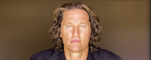 Matthew McConaughey photographed remotely, Sept. 14, 2020. McConaughey, who turns 51 on Nov. 4, enjoys spinning some of these personal yarns, not necessarily because they sound cool but because he believes they reveal certain universal and teachable truths in his new autobiography ÒGreenlights,Ó which publishes on Tuesday, Oct. 20. (Devin Oktar Yalkin/The New York Times) ORG XMIT: XNYT99