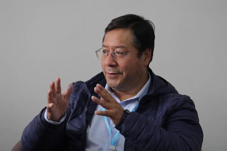 O candidato à Presidência pelo MAS, Luis Arce, durante entrevista coletiva em La Paz