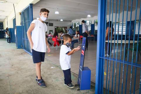 Com pandemia, digitalização do ensino puxa propostas para educação de candidatos à Prefeitura de SP