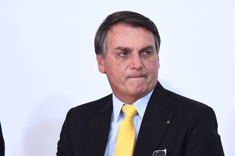 Bolsonaro diz que SP dá péssimo exemplo ao elevar impostos; Doria rebate e nega aumento