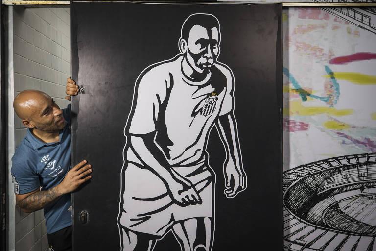 Pelé e Edinho mantêm futebol como elo da relação de pai e filho