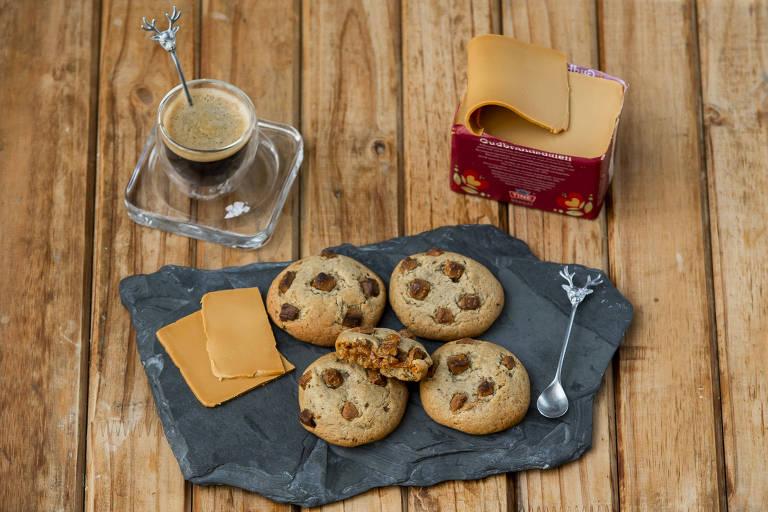 Achado: cookies de chocolate e doce de leite do restaurante O Escandinavo
