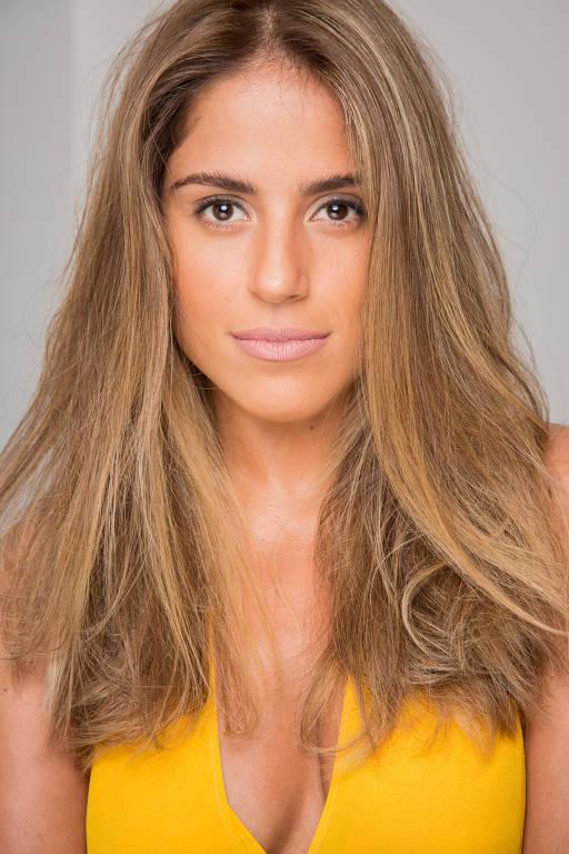 Imagens da atriz  Camilla Camargo
