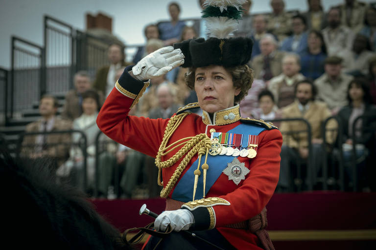 Olivia Colman como rainha Elizabeth na quarta temporada de 'The Crown'