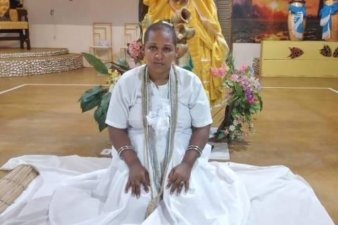 CUIABA, MT, A prestadora de serviços Regina Santana da Silva, 41, com a cabeça raspada após ritual de iniciação no candomblé, em Cuiabá-MT. Ela diz ter sido demitida após aparecer no trabalho de cabeça raspada. Foto:Divulgação