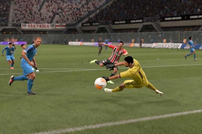 Jogador do São Paulo chuta a gol no jogo Fifa 21