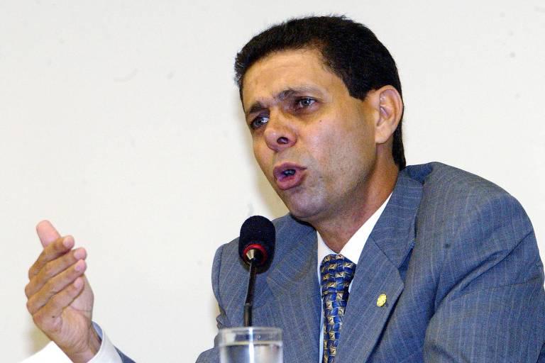 O ex-deputado federal João Magno (PT-MG), durante processo de cassação que o acusava de envolvimento no mensalão; ele foi absolvido