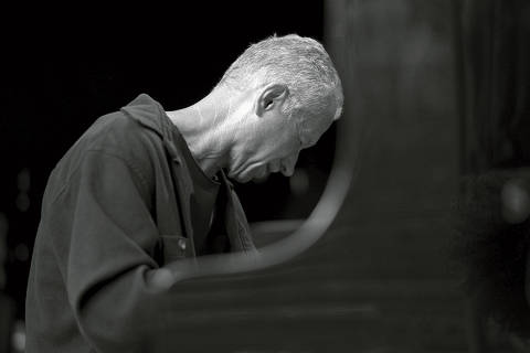 An image provided by Daniela Yohannes/ECM Records, pianist Keith Jarrett. Keith JarrettÕs left side is still partially paralyzed by a pair of strokes in 2018. ÒI donÕt feel right now like IÕm a pianist,Ó he said. (Daniela Yohannes/ECM Records)-- NO SALES; FOR EDITORIAL USE ONLY WITH NYT STORY JARRETT-HEALTH-ADV25 BY NATE CHINEN FOR OCT. 25, 2020. ALL OTHER USE PROHIBITED. -- ORG XMIT: XNYT120