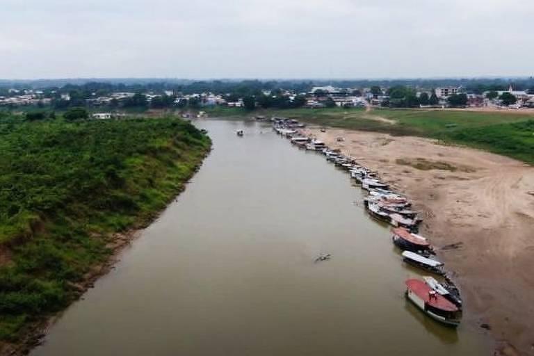 Aldeia está a seis horas de barco do município de Feijó