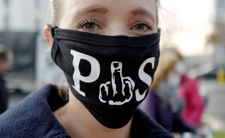 'Não é só pelo aborto; nosso limite foi ultrapassado', diz líder de movimento na Polônia
