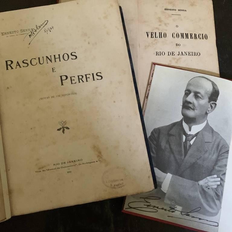 Imagem mostra as páginas iniciais bem amareladas de dois livros antigos e a foto do autor, um senhor careca e de bigodes finos, feita por volta de 1910