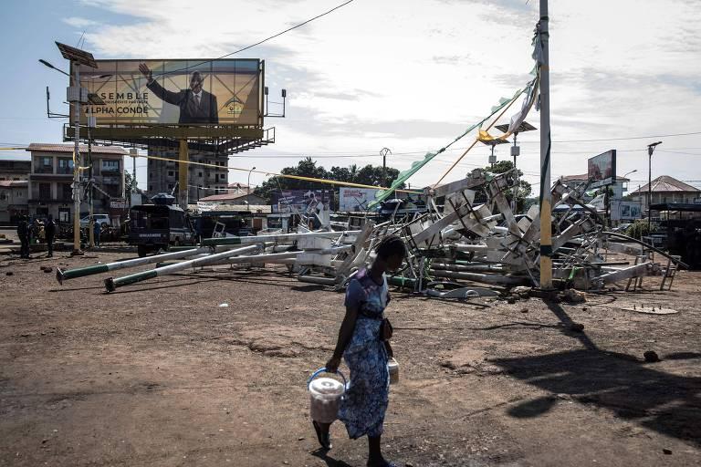 Guiné protesta contra terceiro mandato de presidente, e 17 morrem