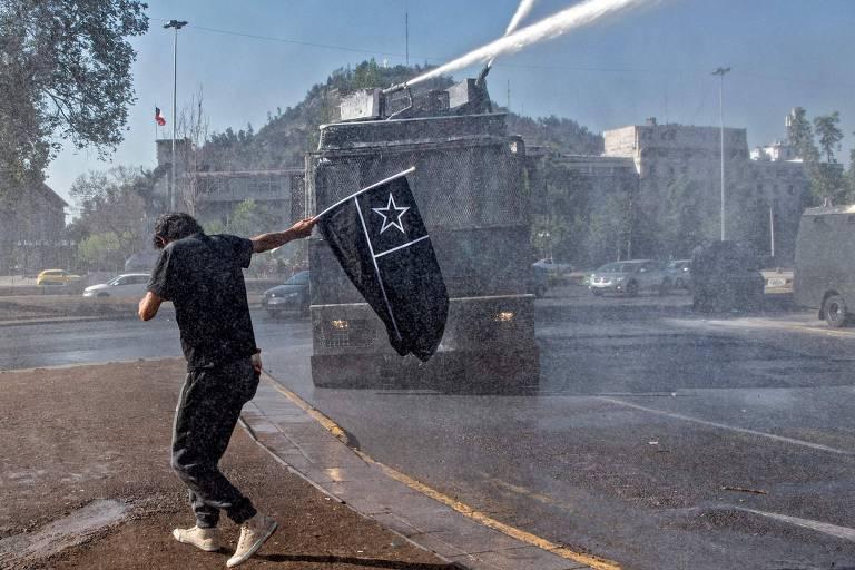 Fúria das ruas do Chile enfim encontra as urnas em plebiscito para mudar Constituição