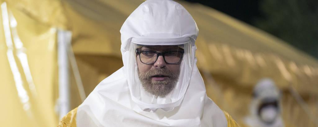 Rainn Wilson em cena da série 'Utopia'
