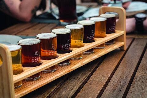 Régua de degustação da cerveja Campos do Jordão