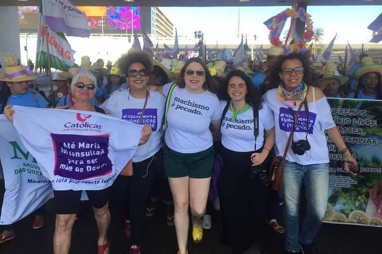 """Mulheres do grupo Católicas pelo Direito de Decidir no ano passado em Brasília no """"Bloco das Religiosas"""" no protesto de trabalhadoras chamado Marcha Das Margaridas"""