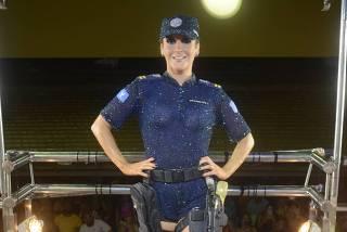 Claudia Leitte terá trio elétrico nos Estados Unidos e comandará Carnaval no país em 2021
