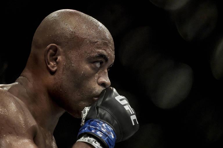 Anderson Silva durante luta pelo UFC, em Las Vegas