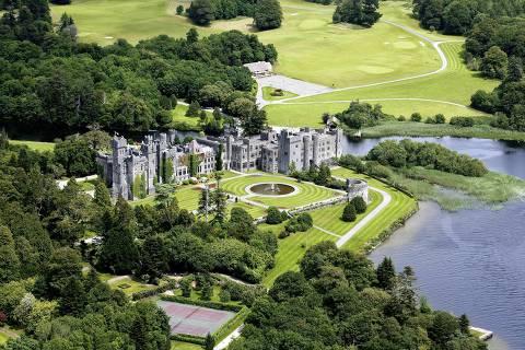 Castelo de Ashford, na Irlanda, construído em 1228 pela família de Burgo. (Foto: Divulgação)  ***DIREITOS RESERVADOS. NÃO PUBLICAR SEM AUTORIZAÇÃO DO DETENTOR DOS DIREITOS AUTORAIS E DE IMAGEM***