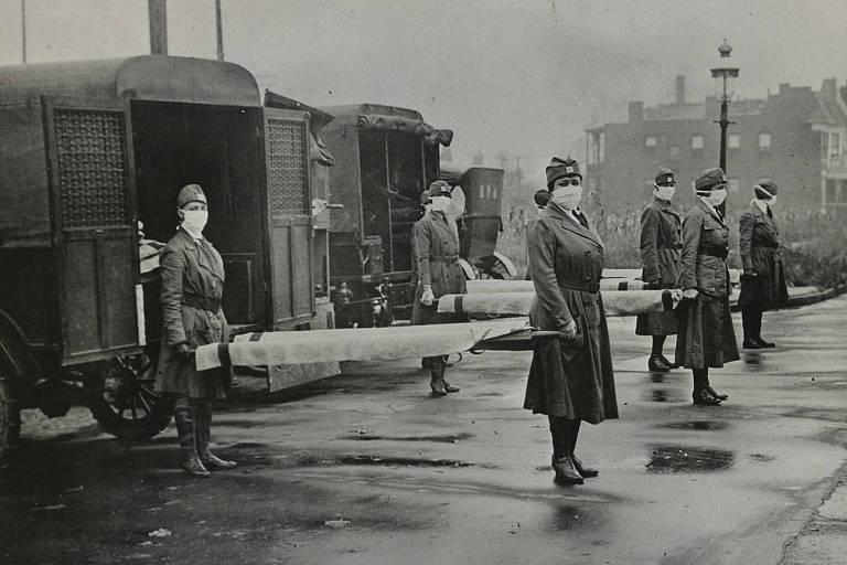 Com homens enviados para a Primeira Guerra Mundial, as mulheres tiveram atuação importante na linha de frente contra a pandemia da gripe espanhola