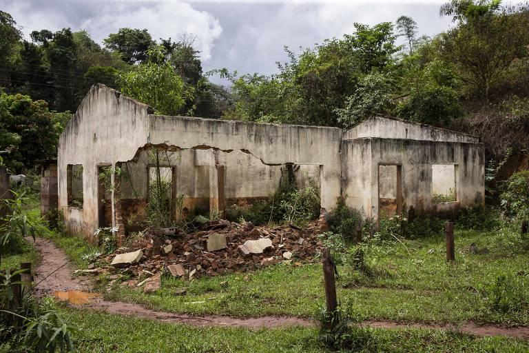 Após 5 anos, atingidos pela lama em Mariana ainda esperam reparação