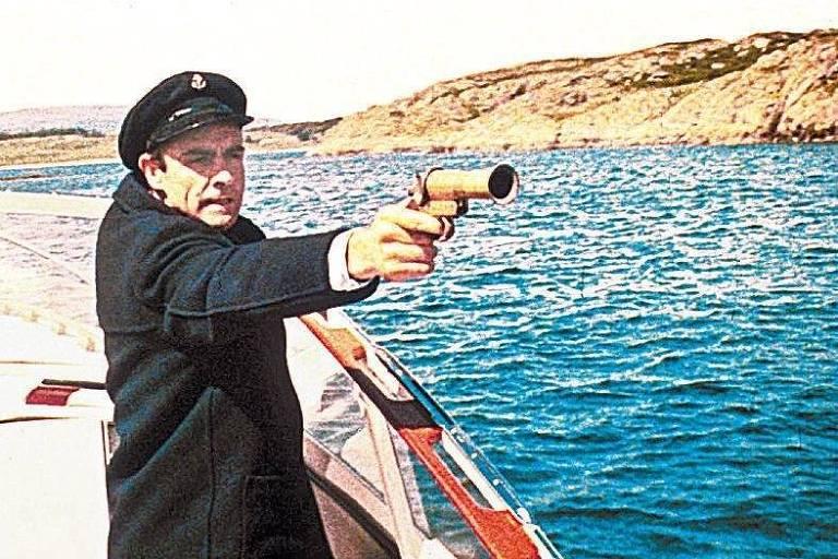 """James Bond protege uma desertora russa e salva o Ocidente em """"Moscou Contra 007"""" (1963)"""