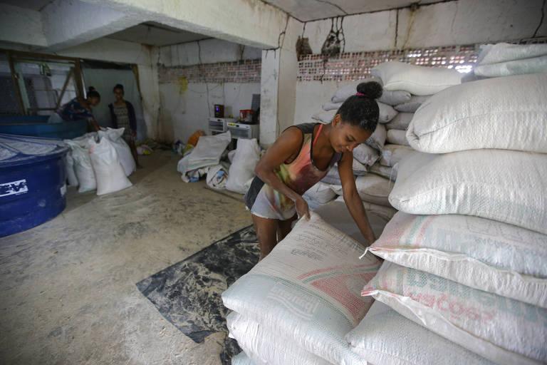 Rixa entre fazendeiros e índios gera tensão na Bahia