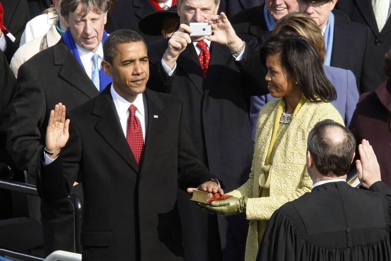 Barack Obama e sua mulher, Michelle, ao tomar posse como presidente dos Estados Unidos, em 2009