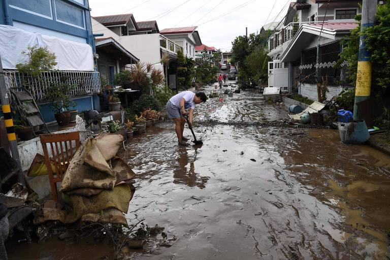 Tufão Goni mata 20 pessoas e destrói milhares de casas nas Filipinas
