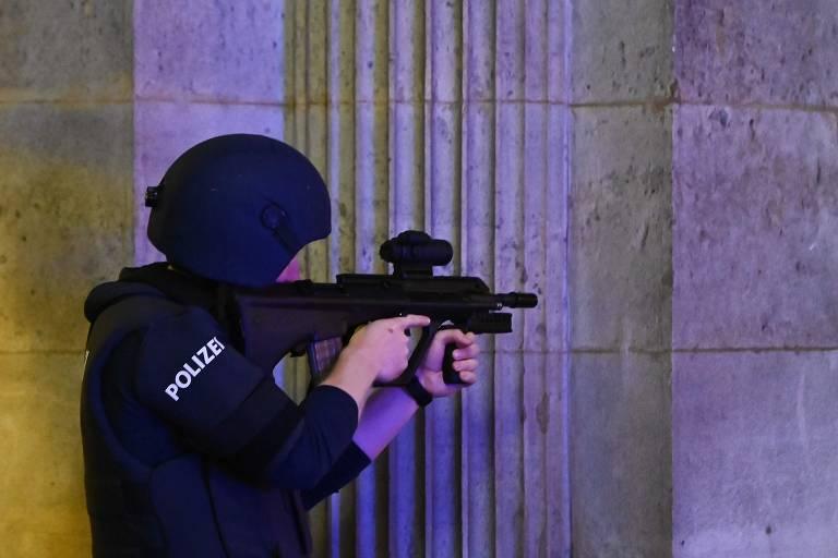 Ataque a tiros em Viena